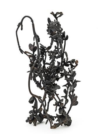 Cliffhanger 2014 bronze 50 x 28 x 22 cm