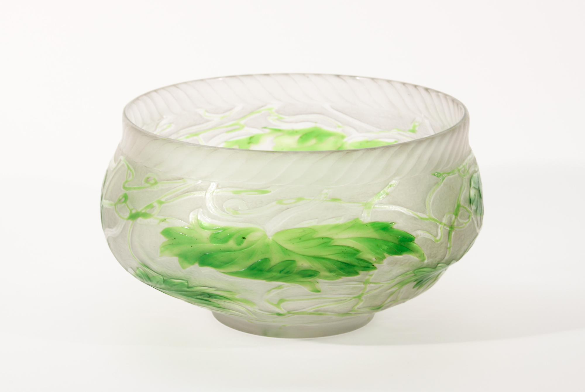 Tiffany Favrile Glass  Intaglio Carved Bowl 1