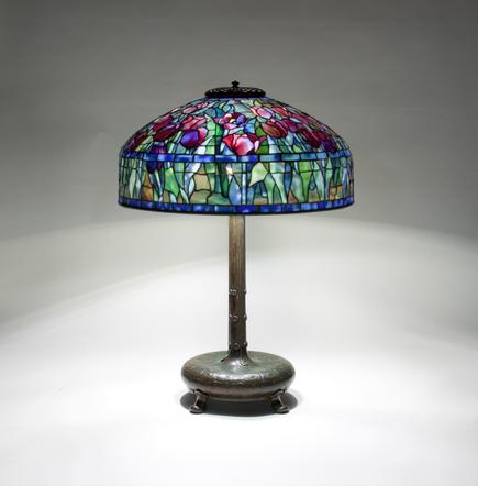 Tiffany Studios <br> Tulip Table Lamp 3
