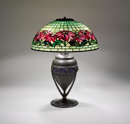 Tiffany Studios  Poinsettia Table Lamp 2