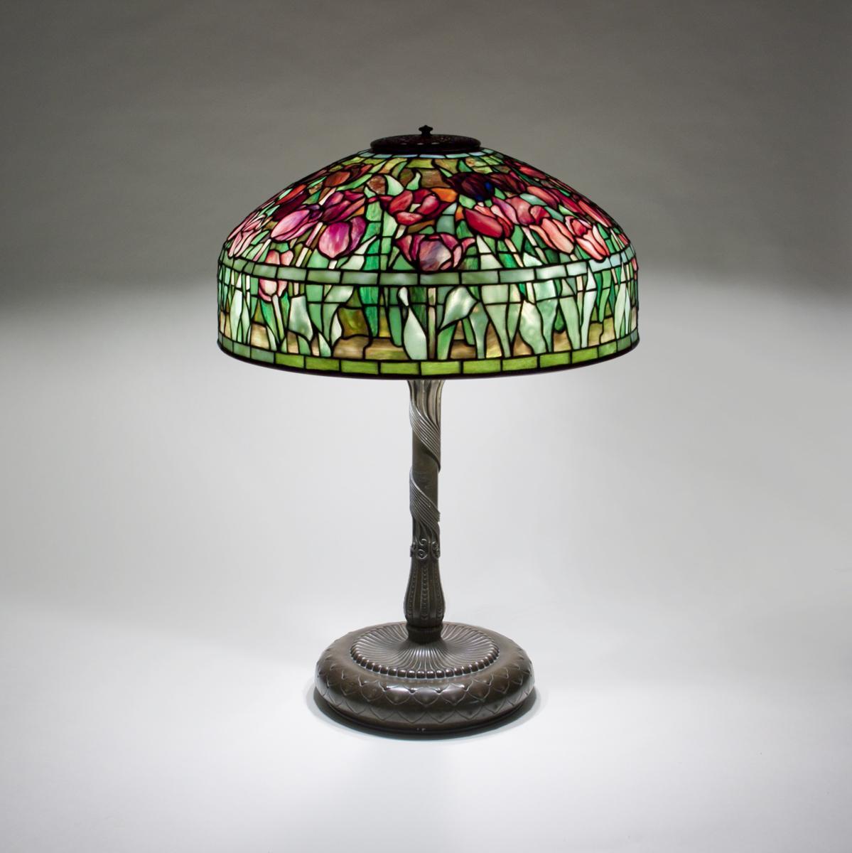 Tiffany Studios  Tulip Table Lamp 3