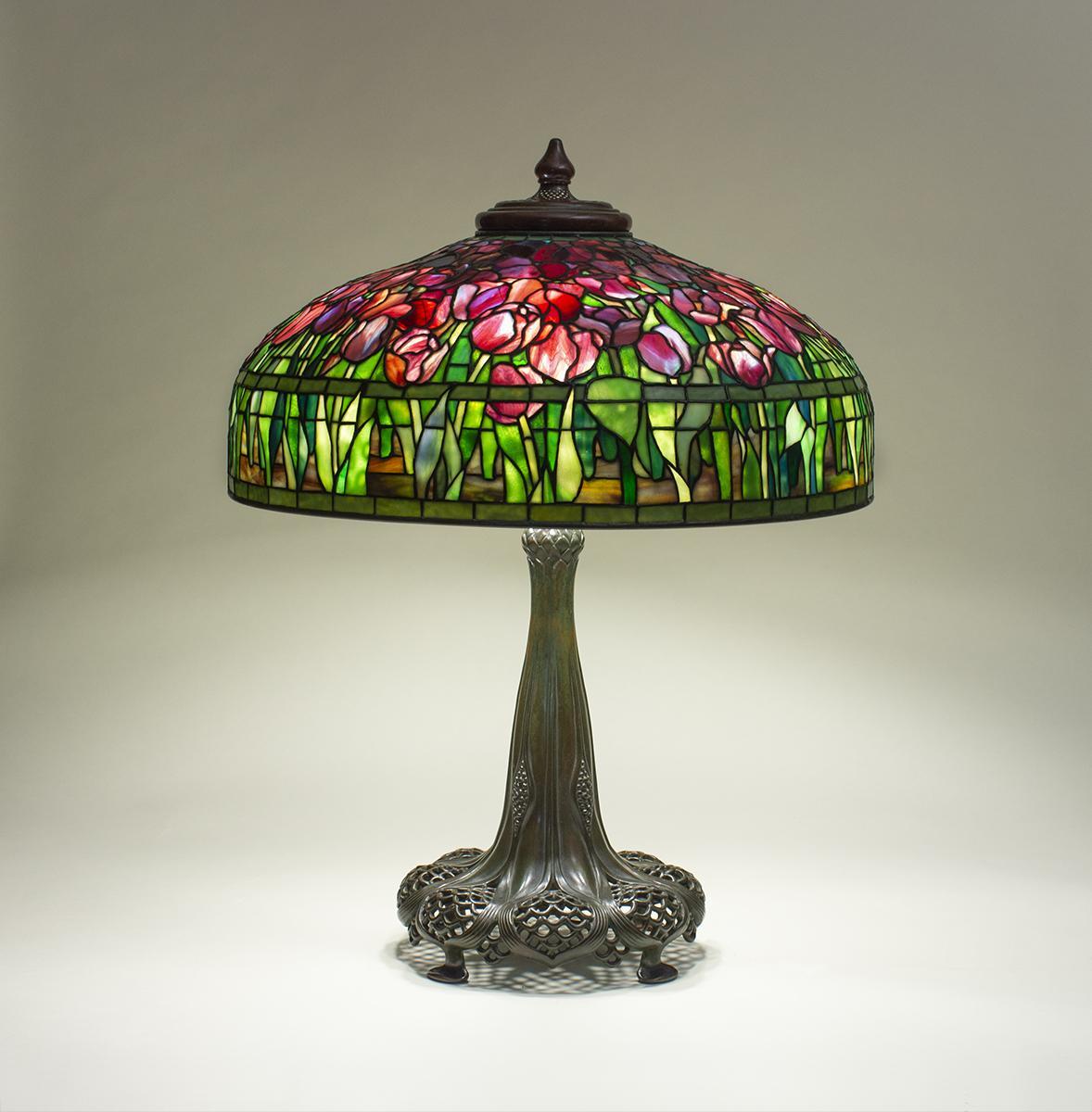 Tiffany Studios   Tulip  Table Lamp 1