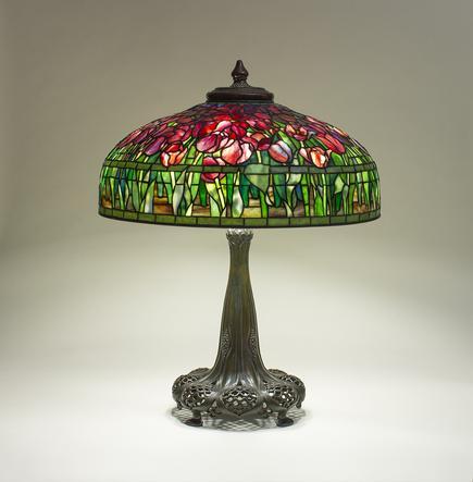 Tiffany Studios   Tulip  Table Lamp 2