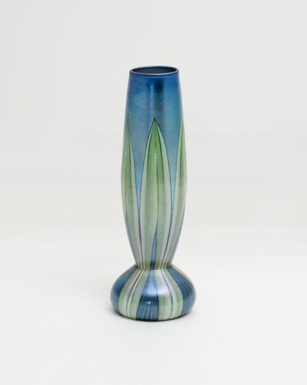 Tiffany Favrile Glass <br> Decorated Onion Vase 1