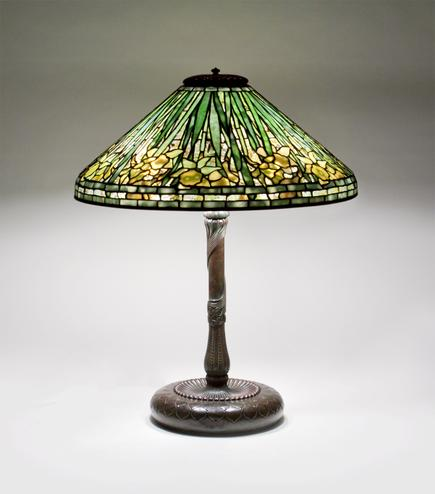 Tiffany Studios  Daffodil Table Lamp 2