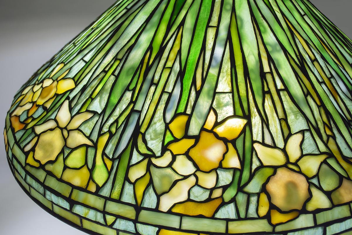 Tiffany Studios Daffodil Table Lamp  3