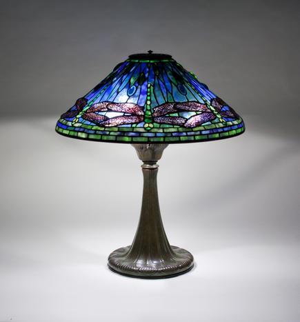 Captivating Tiffany Studios U003cbru003e Dragonfly Table Lamp 1