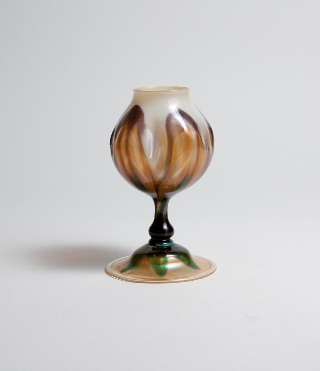Tiffany Favrile Glass  Early Flower Form Vase 2