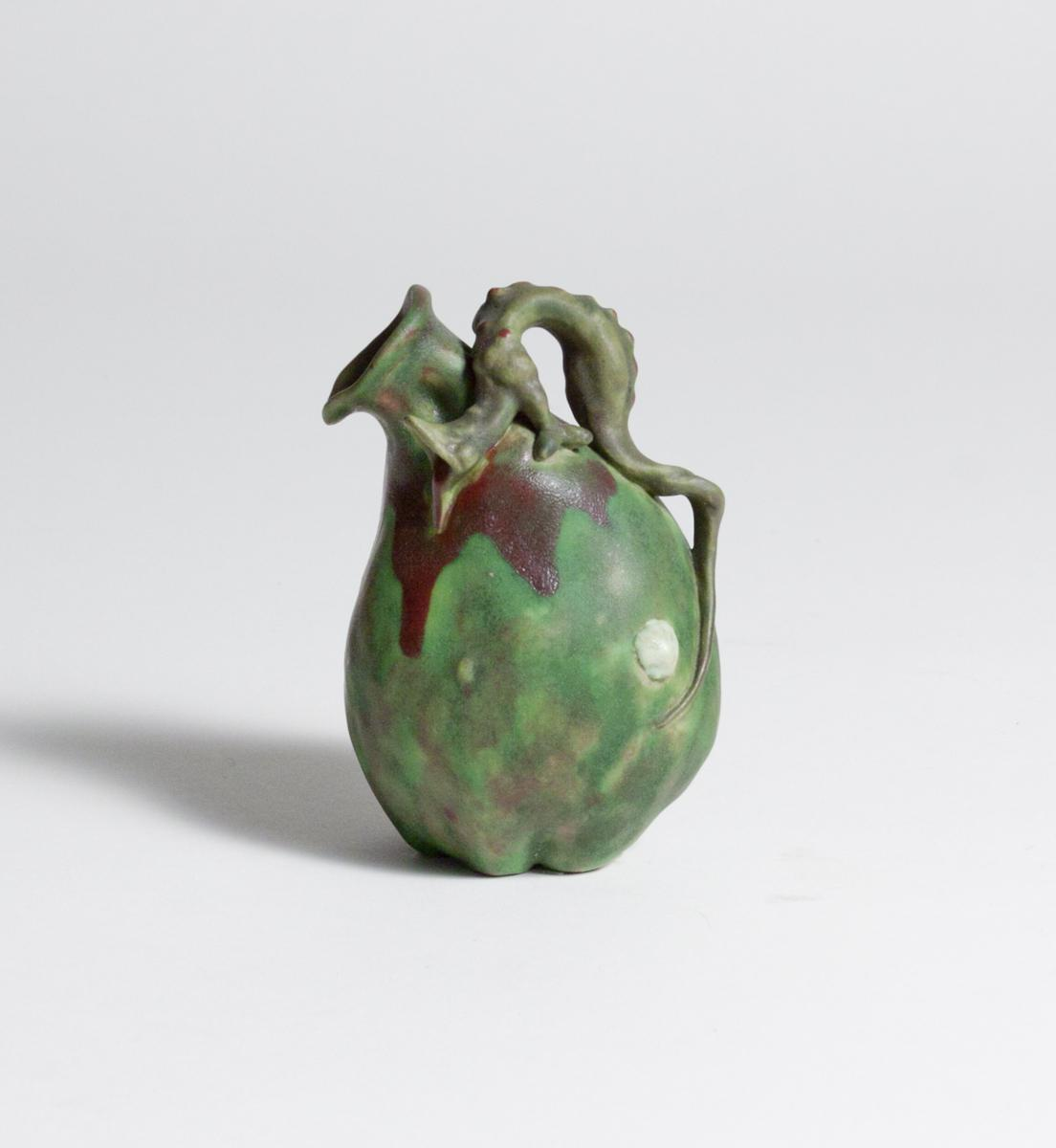 Géo Wagner  Gourd Vase with Dragon 1
