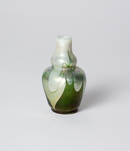 Tiffany Favrile Glass <br> Cabinet Double Gourd Vase 1