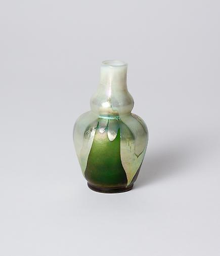 Tiffany Favrile Glass <br> Cabinet Double Gourd Vase 2