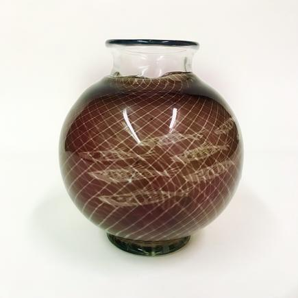 Orrefors  Graal Glass Maroon diamond Pattern and Swimming Fish Vase 1