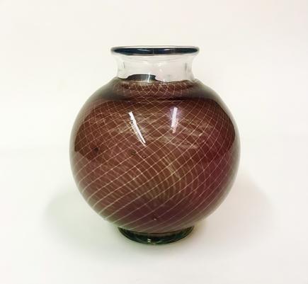Orrefors  Graal Glass Maroon diamond Pattern and Swimming Fish Vase 2