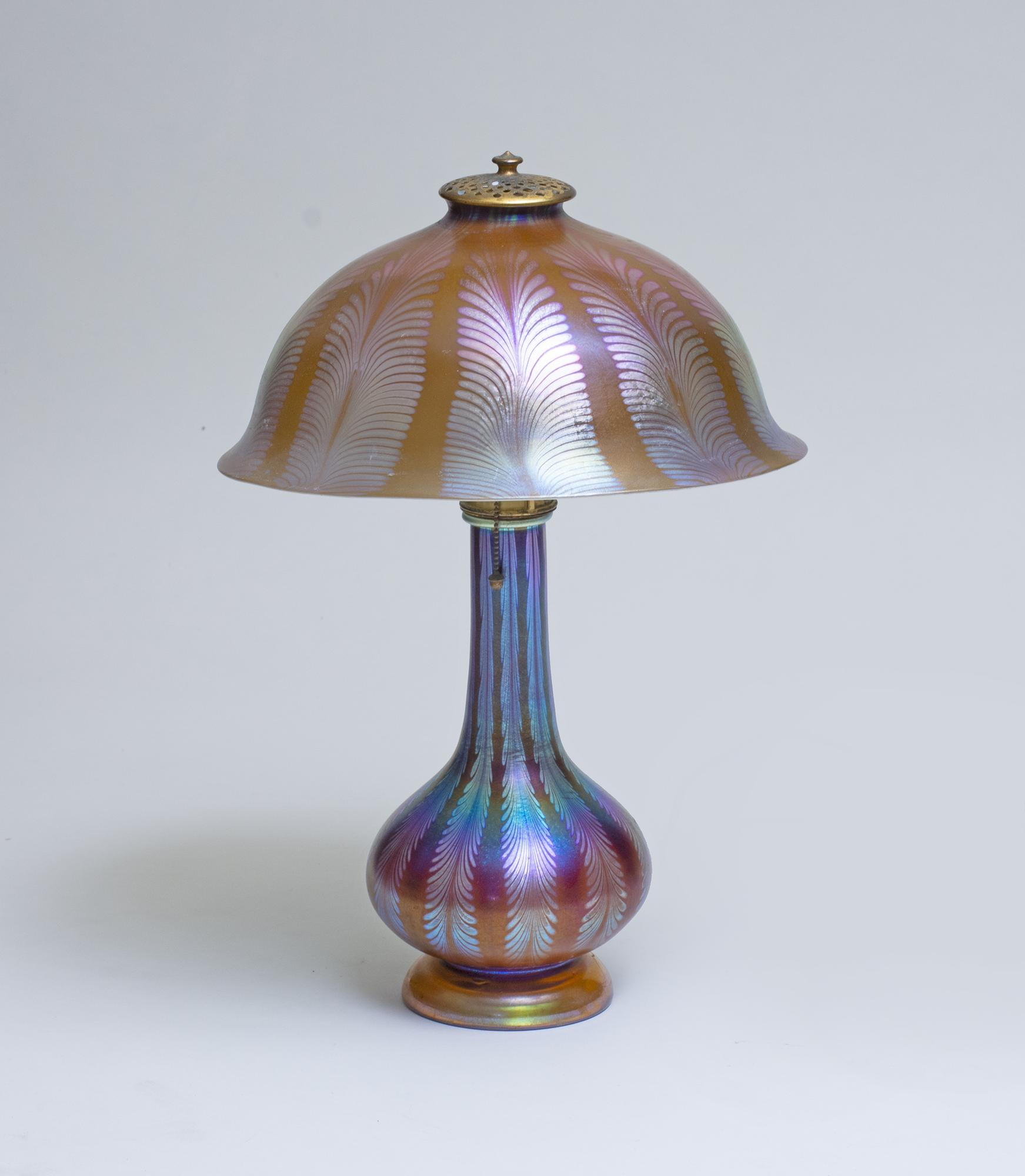 Tiffany Studios Favrile Glass Lamp 2