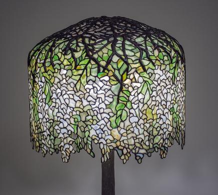 Tiffany Studios  White Wisteria  Table Lamp 2