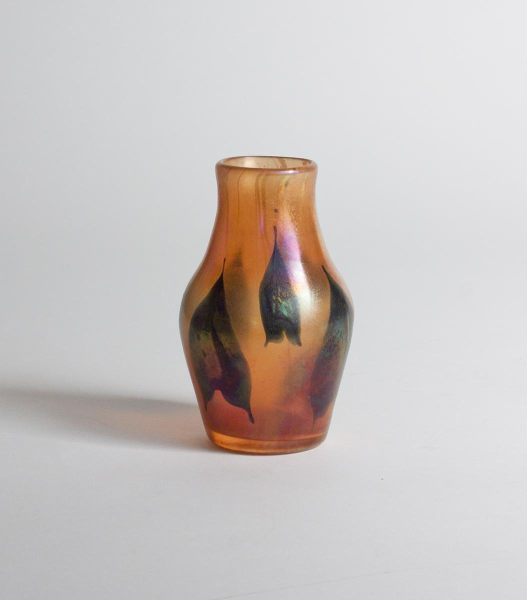 Tiffany Favrile Glass  'Arrowhead' Paperweight Vase 3