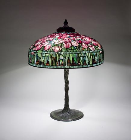 Tiffany Studios  Tulip Table Lamp 1