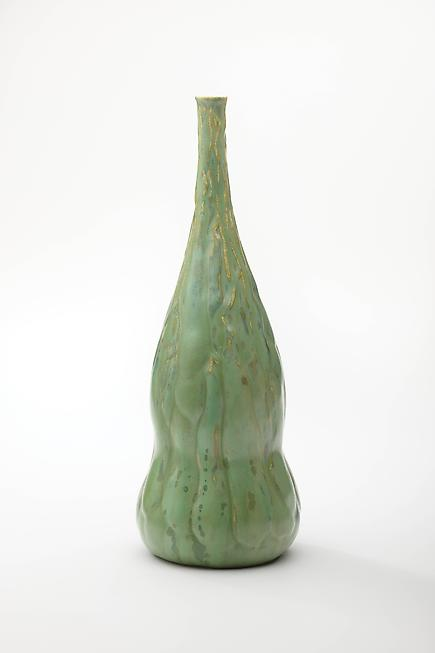 Tiffany Studios  Favrile Pottery Vase with Wisteria Pods 1