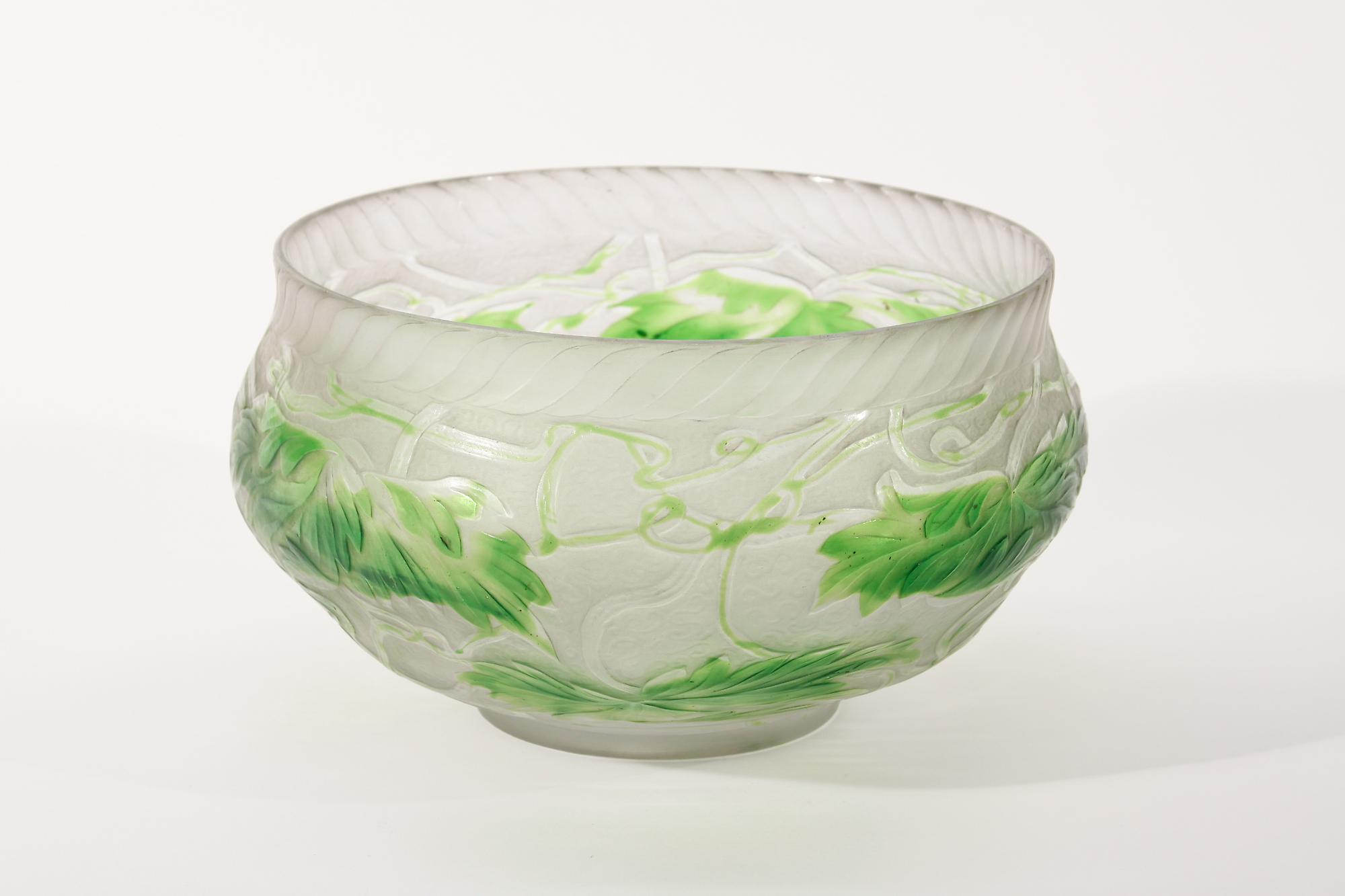 Tiffany Favrile Glass  Intaglio Carved Bowl 2