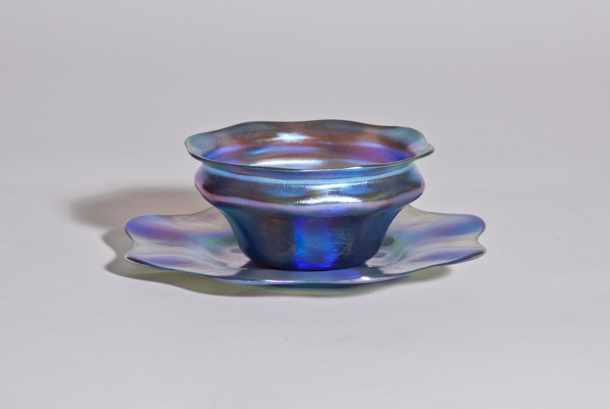 Tiffany Favrile Glass  Finger Bowl and Underplate 1