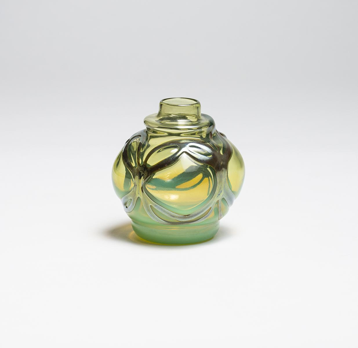 Tiffany Favrile Glass  Early Cabinet Vase 1