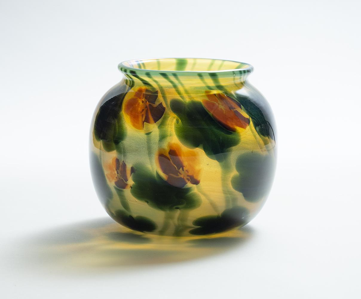 Tiffany Favrile Glass  Nasturtium Paperweight Vase 1