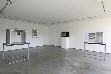 Dan Graham:Theatre, installation view, Lisson Gallery, 2009
