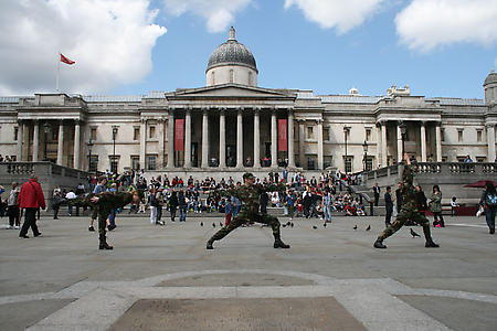 Allora & Calzadilla <i>Balance of Power</i>, 2007 Performance view Trafalgar Square, London 8 July 2008