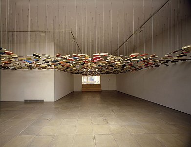 Richard Wentworth  <i>False Ceiling, </i>1995 Books and steel cable Dimensions variable