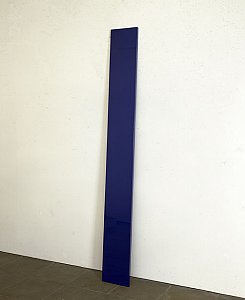 <i>Blue Plank, </i>1967-8 Polyester resin, fibreglass and plywood 243.8 x 29.2 x 4 cm