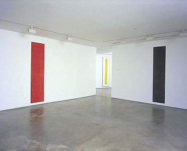 Robert Mangold Installation view  Lisson Gallery, 52-54 Bell Street, 17th March - 30th  April 2005