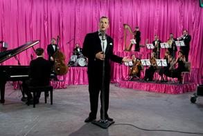 Kjartansson and Morimura participate in Manifesta10