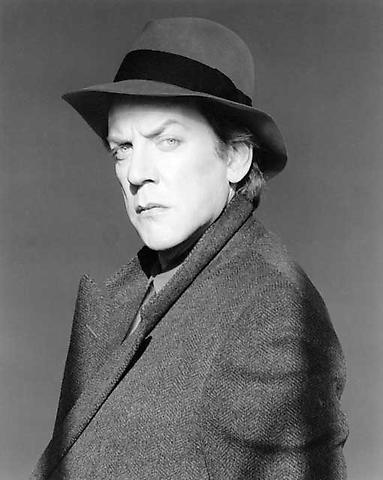 <i>Donald Sutherland</i>, 1983