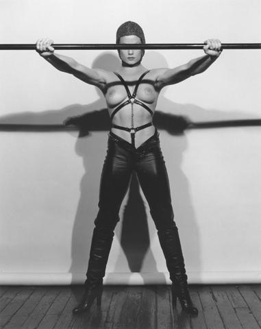 <i>Lisa Lyon</i>, 1981