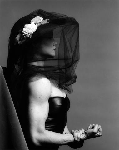 <i>Lisa Lyon</i>, 1982