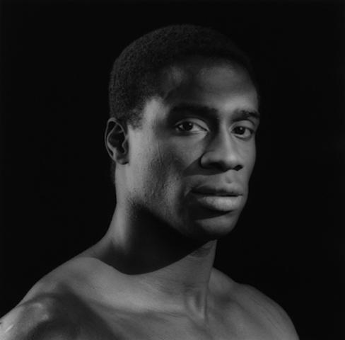<i>Tyrone<i>, 1987