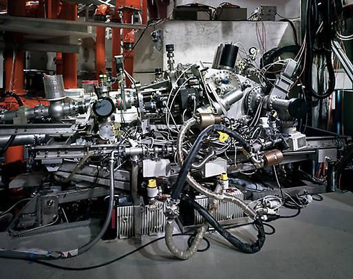 <b>Grazing-Incidence-Spectometer Max Planck IPP, Garching</b>, 2010 Image