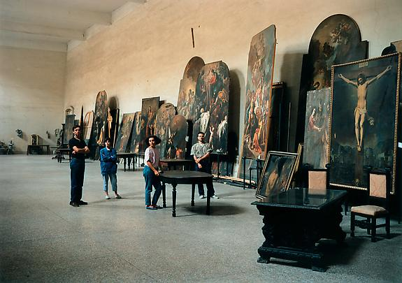 THOMAS STRUTH <b>The Restorers at San Lorenzo Maggiore, Naples</b>, 1988/89 Image