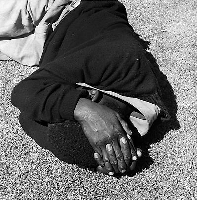 Particulars <b>Man sleeping, Joubert Park, Johannesburg</b>, 1975 Image
