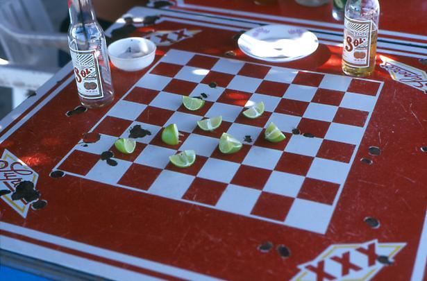 <b>Juego de Limones</b>, 2001 Image