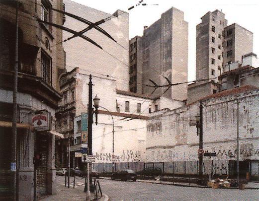 <b>Rua Venceslaû Bràs</b>, 2001 Image