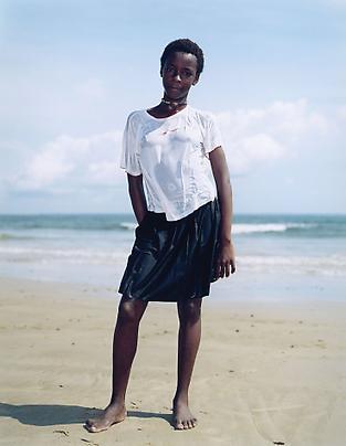 RINEKE DIJKSTRA <b>Libreville, Gabon, June 2, 2002</b> Image