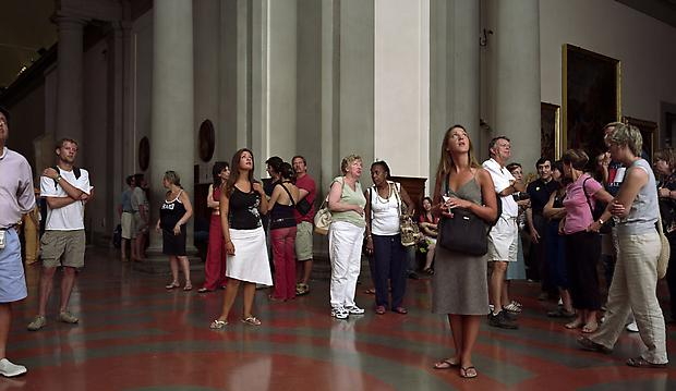 <b>Audience 10 (Galleria Dell' Accademia), Florenz</b>, 2004 Image