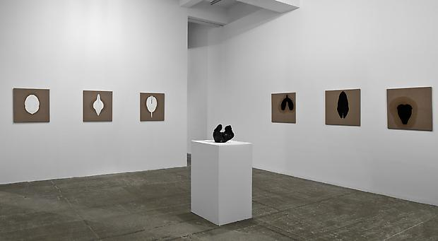 On the wall: <b>Pleated Linen, Green and Pleated Linen, White</b>, 2007  On the pedestal:<b> Pelvis</b>, 2007 Bronze Image