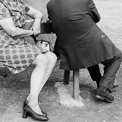 Particulars <b>Couple on a Sunday afternoon, Zoo Lake, Johannesburg</b>, 1975 Image