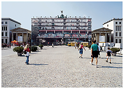 <i>Sozialpalast</i> 2002 Digital print on synthetic fabric Approximately 56 x 128 feet; 17 x 39 m Brandenburg Gate, Berlin, 2002