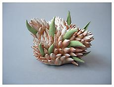 Chris Garofalo, <i>Frutex Wiwaxia</i>, 2007, Glazed porcelain, 8 x 6 x 6 inches; 20 x 15 x 15 cm