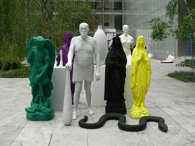 Katharina Fritsch's <i>Figurengruppe / Group of Figures</i>, currently installed at Museum of Modern Art.