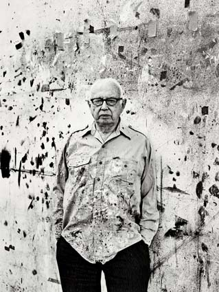 Ellsworth Kelly, photographed by Sebastian Kim. 