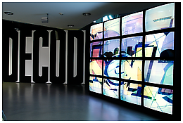 "<i>michel majerus</i> 2000 Video on 16 color monitors 30 minutes 48 seconds, dimensions variable Installation view, ""Michel Majerus: Installationen 92–02"" at Kunsthaus Graz, Austria, 2005"